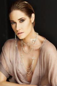 Collier et bijoux Vicki Beaulieu